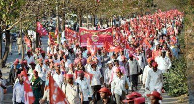 महाराष्ट्र सरकार ने किसानों की मांगे मानी; 6 दिनों से चल रहा आंदोलन 6 महीनें के आश्वासन पर ख़त्म