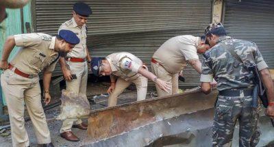 low-intensity bomb blast in kolkata